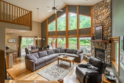 Spacious yet cozy Great Room, River Rock gas fireplace