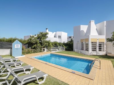 Photo for Villa Santo Estevão with Private Pool, Terrace & Wi-Fi; Parking Available