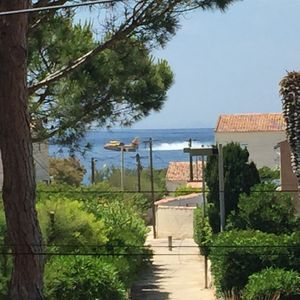 Photo for Villa waterfront with direct access to the sea