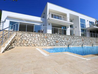 Photo for Beautifully appointed and spacious villa with dazzling views of Mediterrean sea