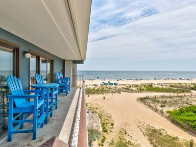 Photo for Beachside condo w/great ocean views - small dogs welcome!