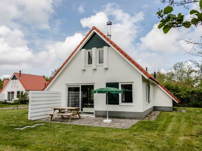 Photo for 6-person children's bungalow in the holiday park Landal Natuurdorp Suyderoogh - on the coast/the beach