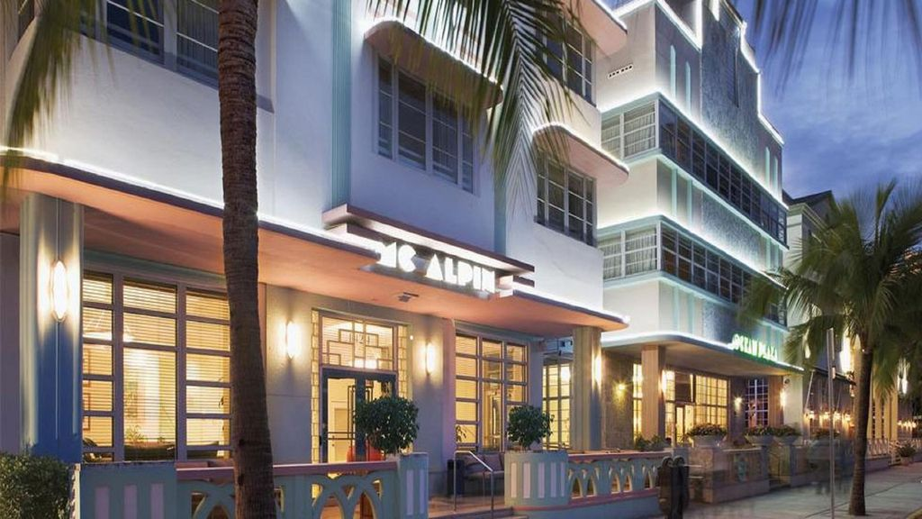 **ocean Front On South Beach Vacation Suites **
