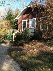 Photo for Charming Walk To Beach Cottage In Beautiful Mattituck