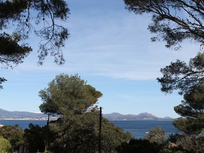 Photo for Charming Provencal villa View Sea between St Tropez and St Raphael, 4/6