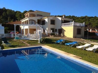 Photo for BARBECUE, POOL, BIG GARDEN, PRIVATE PARKING, INDEPENDENT HOUSE, WATCH THE VIDEO