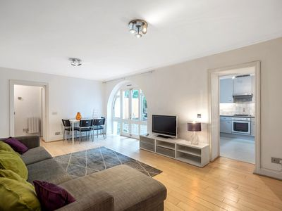 Photo for Quintessentially Harrow with panoramic view