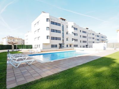 Photo for Seaview apartment with 2 swimming pools (for adults and for children) and private parking.