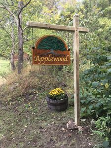 Welcome to Applewood (and Crabapple) Cabins