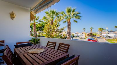 Photo for 3 bed townhouse walking to the beach!