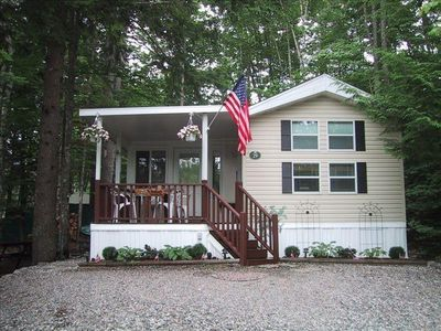 Photo for Point Sebago, 29 Purple Rd, 3BR/1.5BA Cottage (w/ Washer/Dryer)