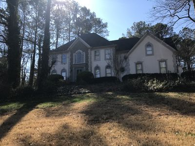 Photo for Spacious, 3 level home just minutes from Downtown, Buckhead, Perimeter