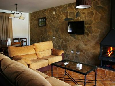Photo for Rural apartment La Venta del Charco for 8 people