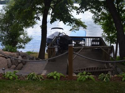 Family Friendly Lake Place Retreat. Fishing, Swimming, Camp Fires and More.
