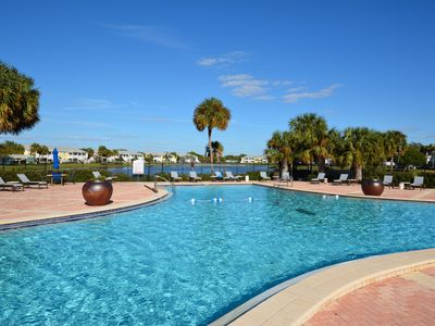 Photo for Available Winter 2021 -island living,  amenities, close to Downtown and beaches!