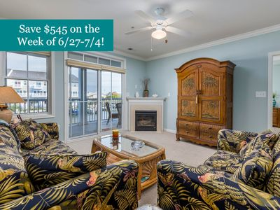 Photo for Upscale Resort Condo - Ind/Outdoor Pools, Private Beach & More!