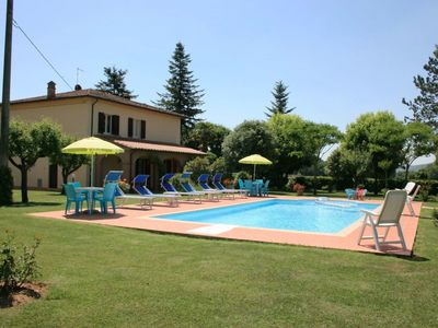 Photo for Beautiful private villa with private pool, WIFI, TV and washing machine, close to Montepulciano