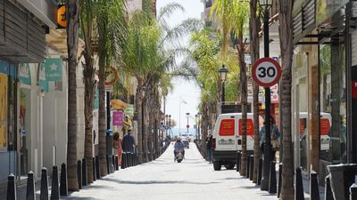 Photo for Feel Fuengirola from inside: tapas and beaches!