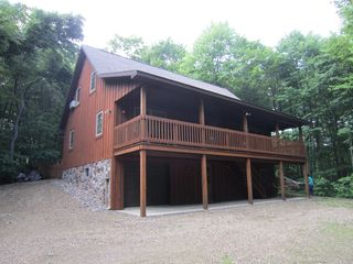 Cabin w/Deck + Ranch - 1 Mi to Raystown Lake! Has Patio