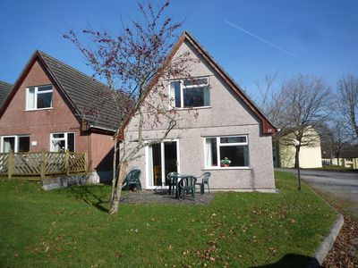 Great value pet friendly home with four bedrooms for 8-10 people near Plymouth