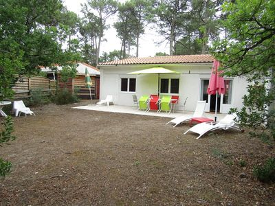 "Photo for House with 3 bedrooms, 6 people, Résidence ""Het club"", collective pool, Lacanau Ocean"