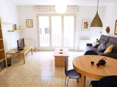 Photo for Holiday apartment in Girona Old Town | Sunny bedroom suite