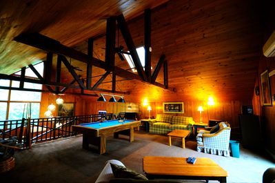Upstairs loft: game room, relaxation area