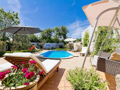 Photo for Nice apartment for 8 guests with WIFI, private pool, A/C, hot tub, TV and parking