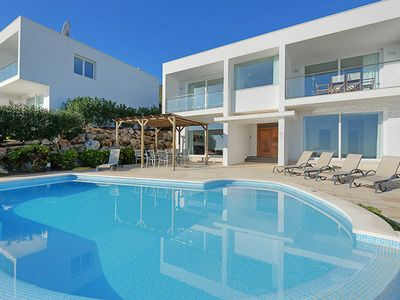 Photo for Villa Tin Dos - stylish villa with infinity pool & sea views! Wi-Fi, A/C & BBQ