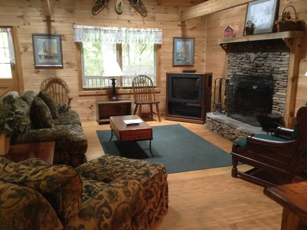 callaway garden cabins. Welcoming Living Room And Warming Fireplace Callaway Garden Cabins I