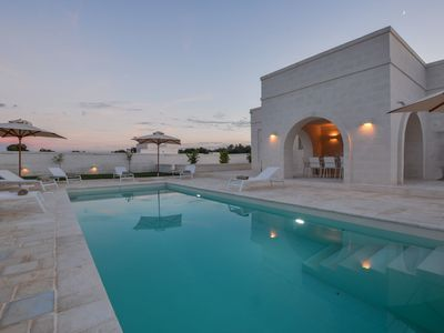 Photo for Wonderful private villa with WIFI, A/C, private pool, TV, patio, panoramic view and parking