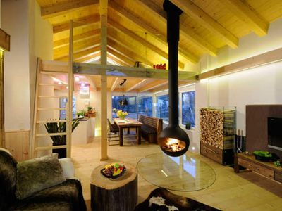 """Photo for Chalet Bischofsm��tze - Luxuslodge """"Time to live"""""""