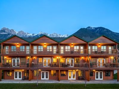 Photo for Marble Canyon 4 Bedroom Luxury Townhome: Unit 601 P2- With Pool Table