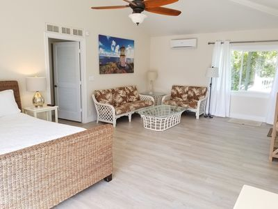 Sleeps 2-5, Spacious, Split AC, WiFi,, 300 Yards from Beach, 2 mins from  Kailua - Kalama Tract