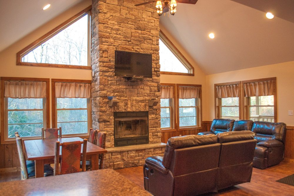 OVR's Cottage on Meadow Run.  Cozy Cabin Overlooking Beautiful Natural Stream