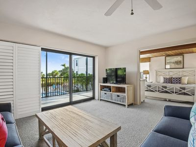 Photo for Bandy Beach A101, 3 Bedroom, Gulf Front Condo