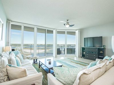 Photo for Bay Front ~ Grogeous Water Views  ~ Sleeps up to 13 ~ Lazy River ~ All Tile ~ 11th Floor