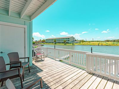 Photo for Newly updated Kontiki condo with beautiful canal and bay views!