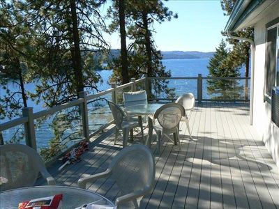 Photo for Beautiful Coeur d'Alene Lake Front Cottage (700 Sf Dock)