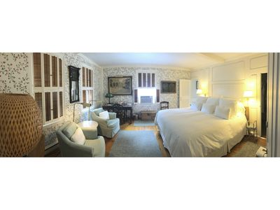 Charming White Unit - King Bed and Private Bath