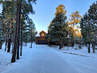 Photo for Featured on HGTV's Log Cabin Living!*3for2 for Apr stays *6Bed/5bath*