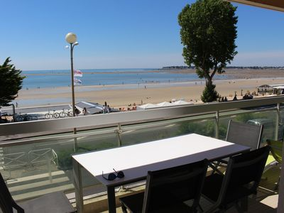 Photo for Apartment with panoramic views of the bay of La Baule, between