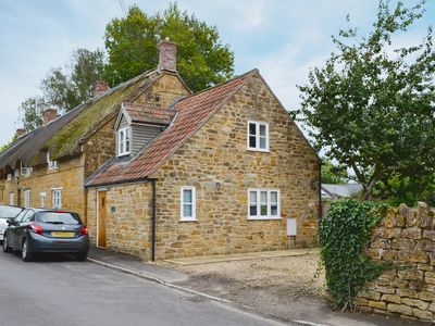 Photo for 3 bedroom accommodation in Over Stratton, near Yeovil