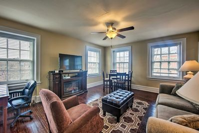 Stay in upscale comfort at this 3-bedroom, 2-bathroom Reading apartment for 6!