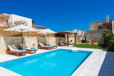 30m2 private swimming pool to enjoy and relax!