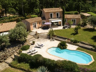 Photo for Exceptional Pool Villa Ideally Located
