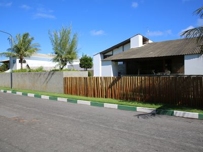 Photo for Comfortable house 5 Suites East with Pool Guarajuba on Beach Street