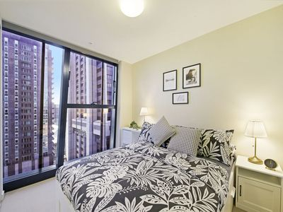Photo for A Homely CBD Apt on Collins Near Southern Cross