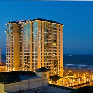 Photo for Oceantfront Penthouse Suite - PRICE REDUCED!!!