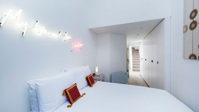 Photo for Sleek, Stylish 2BR Home in Shoreditch